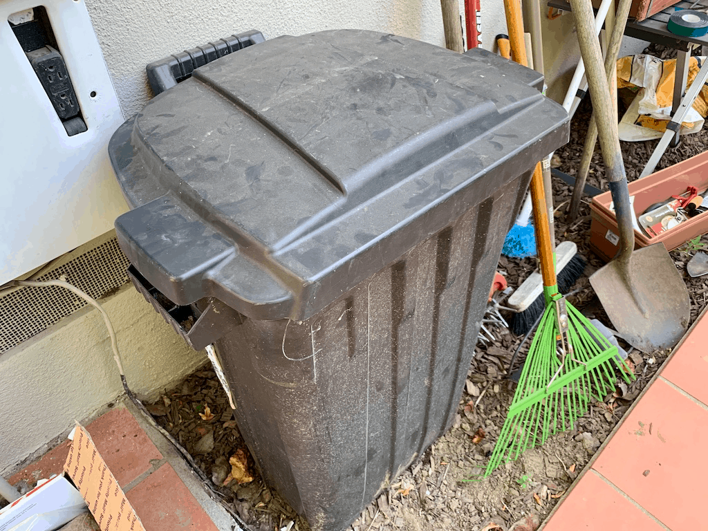 the trash bin that my parents use for composting